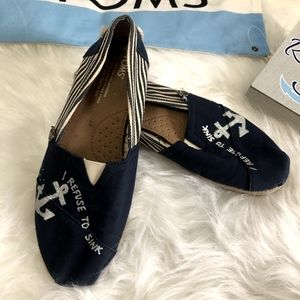 Ladies Handpainted Toms Shoes Refuse to SInk